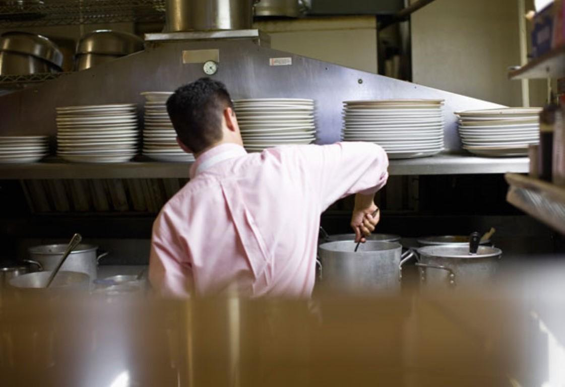 Поради труење затворени два ресторани во Скопје