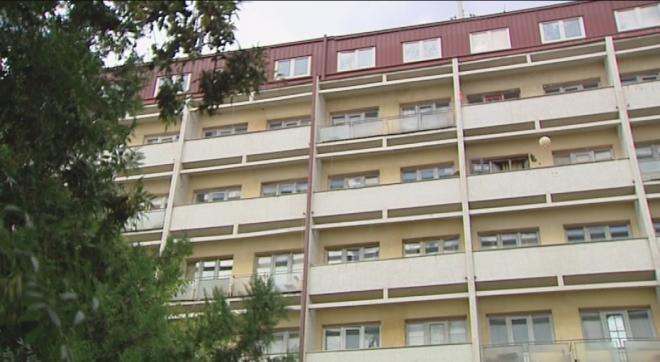 """ТРАГЕДИЈА: Студент почина по пад од четвртиот кат од студентскиот дом """"Кузман Јосифовски"""""""