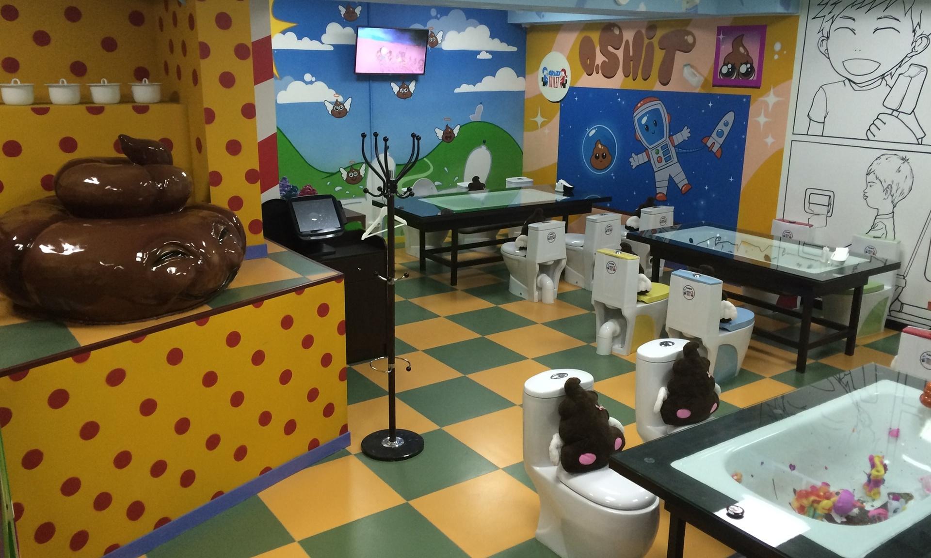 ФОТОГАЛЕРИЈА: Во Москва отворено кафуле со мотиви од тоалет