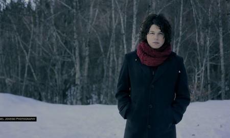 """ВИДЕО: Боби Мојсовски на Божиќ го промовира новиот сингл """"Јануари"""""""