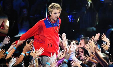 Обожавателите незадоволни од новиот изглед на Џастин Бибер (ФОТО)