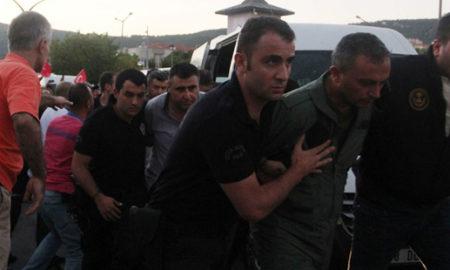 По обидот за воен удар во Турција уапсени 9.332 луѓе