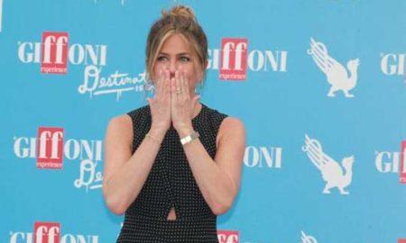 Џенифер Анистон се расплака пред фановите