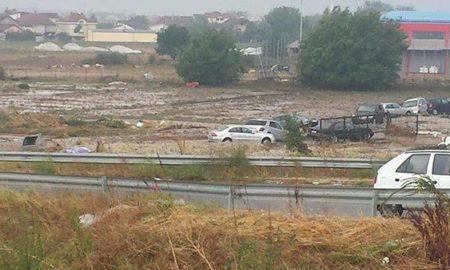 20 загинати од невремето во Скопје - 6 се исчезнати, преку 50 повредени