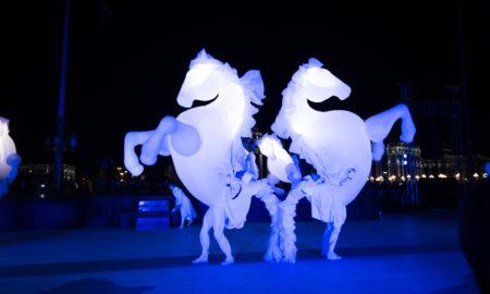 """СКОПЈЕ БУДНО ДО РАНИТЕ УТРИНСКИ ЧАСОВИ: Се одржа """"Бела ноќ"""" (ФОТОГАЛЕРИЈА)"""