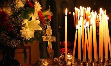 Православните христијани утре го слават Бадник, задутре Божиќ