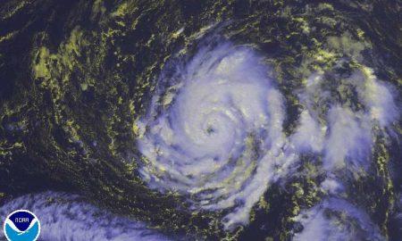 Офелија на патот кон Европа прерасна во ураган од трета категорија