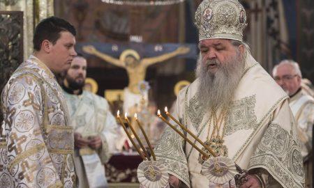 Православните христијани го слават Рождеството Христово - Божик