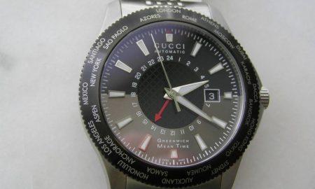 """Нов """"Гучи"""" часовник за две временски зони"""